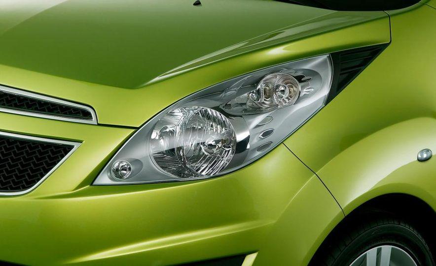 2012 Chevrolet Spark - Slide 45