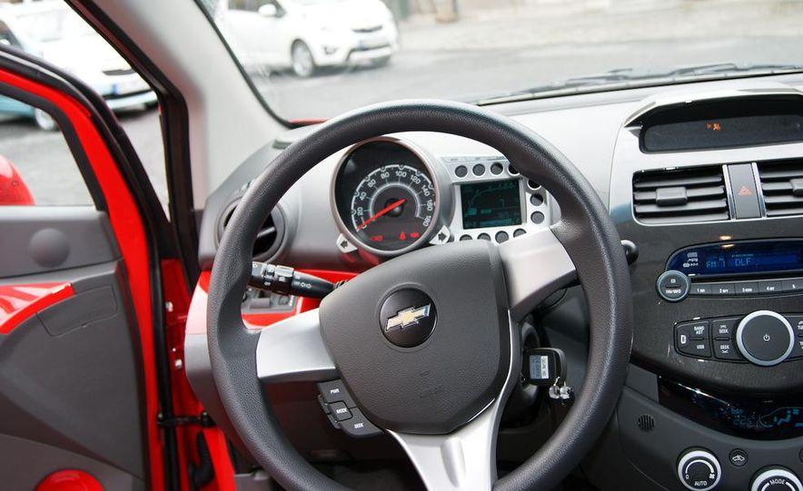 2012 Chevrolet Spark - Slide 6