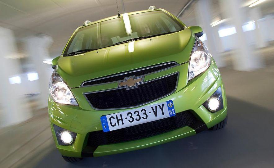 2012 Chevrolet Spark - Slide 9