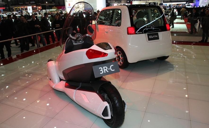 Honda 3R-C and EV-N concepts - Slide 2