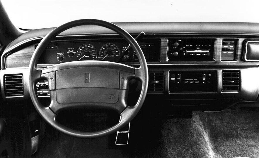1986 Merkur XR4Ti - Slide 17
