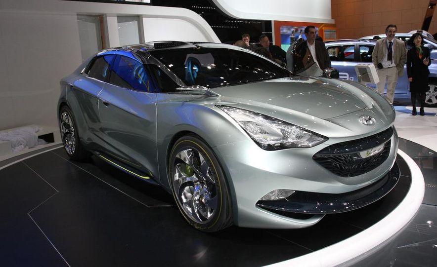 Hyundai i-flow concept - Slide 1