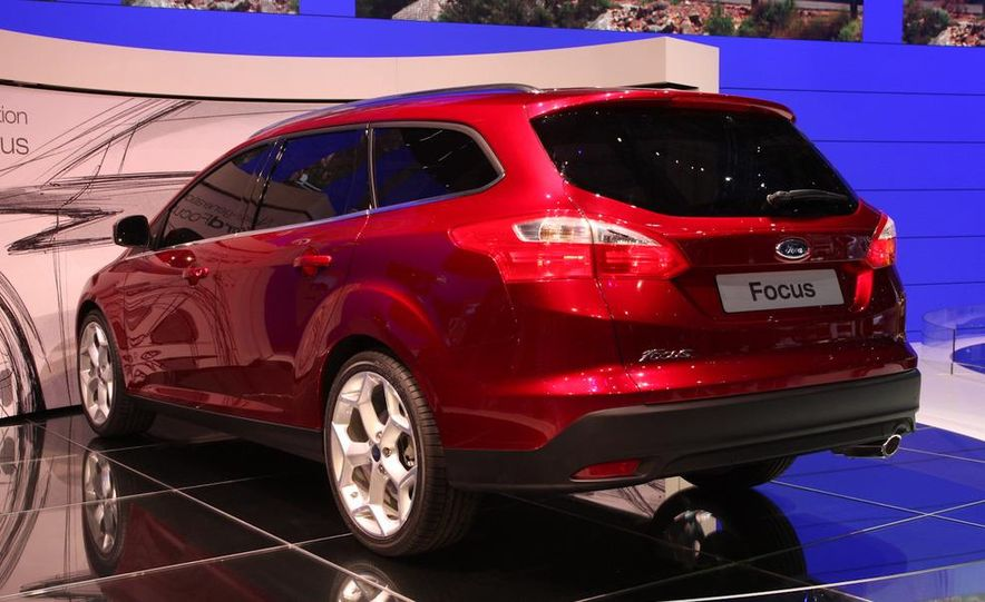 2011 / 2012 Ford Focus wagon (Euro-spec) - Slide 3
