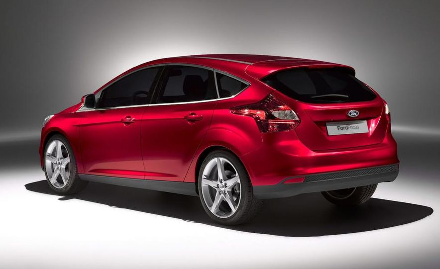 2011 / 2012 Ford Focus wagon (Euro-spec) - Slide 32