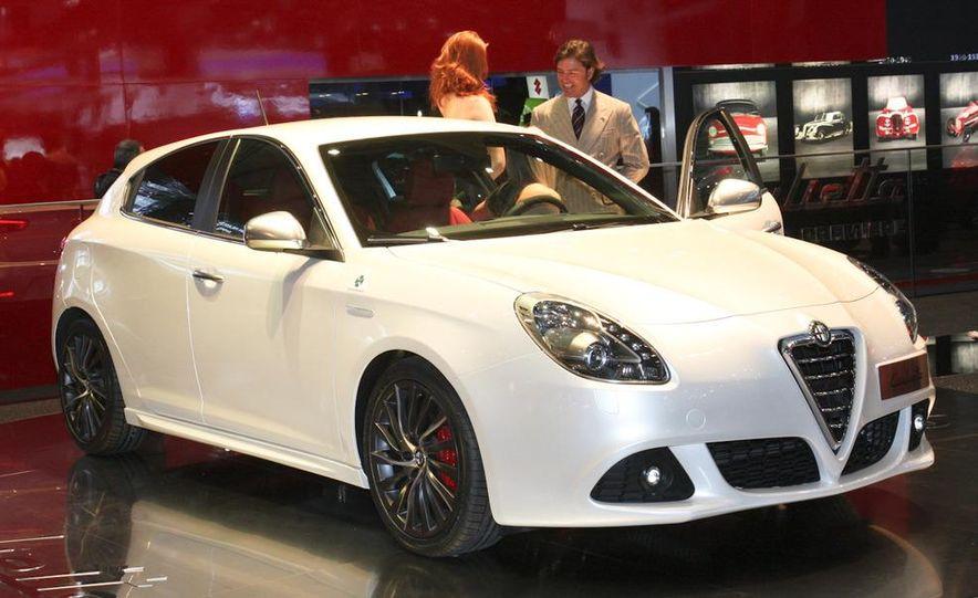 2010 Alfa Romeo Giulietta - Slide 1