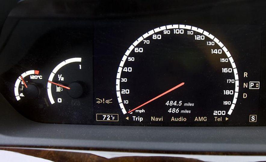 2011 Mercedes-Benz S63 AMG - Slide 14