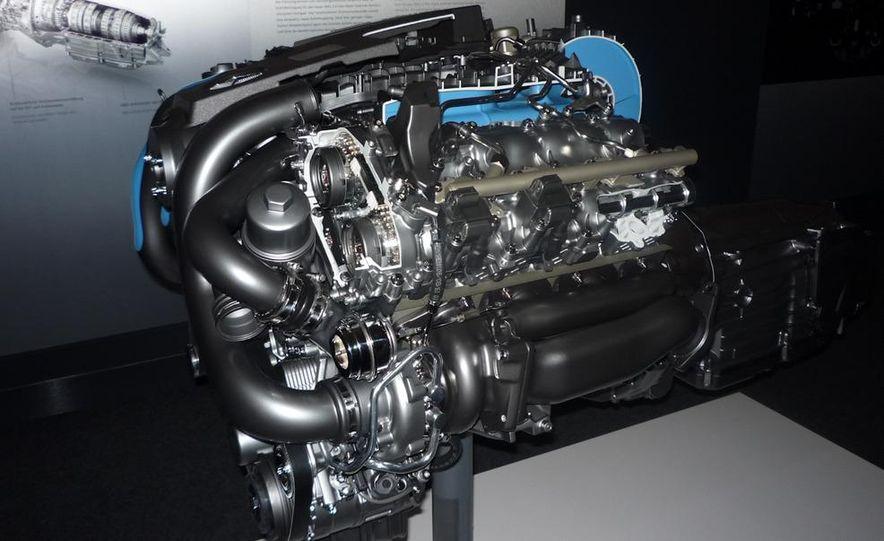 2011 Mercedes-Benz S63 AMG - Slide 3
