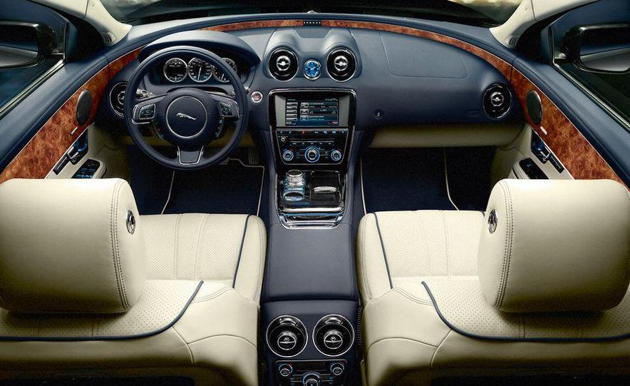 2011 Jaguar XJ - Slide 21