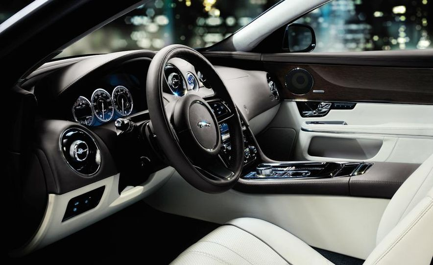 2011 Jaguar XJ - Slide 28