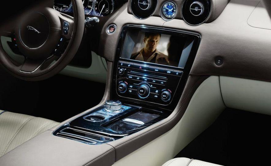2011 Jaguar XJ - Slide 29