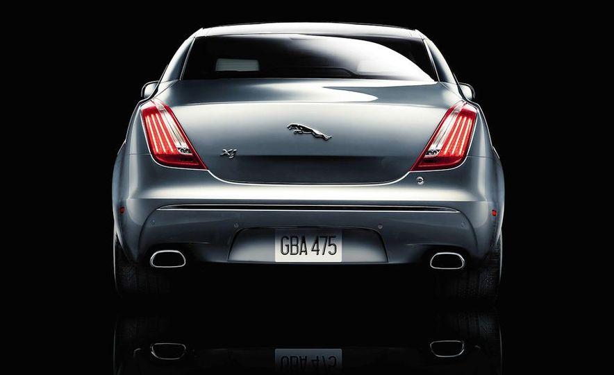 2011 Jaguar XJ - Slide 9