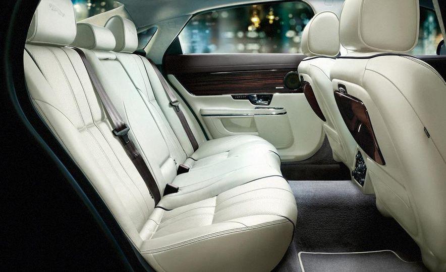 2011 Jaguar XJ - Slide 24