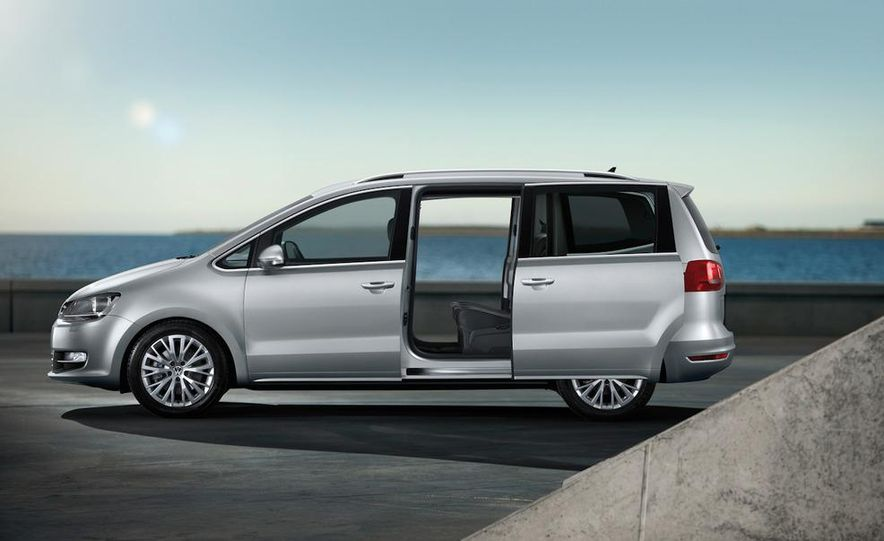 2010 Volkswagen Sharan - Slide 7