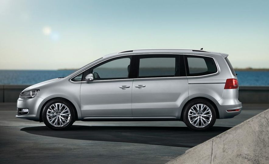 2010 Volkswagen Sharan - Slide 8