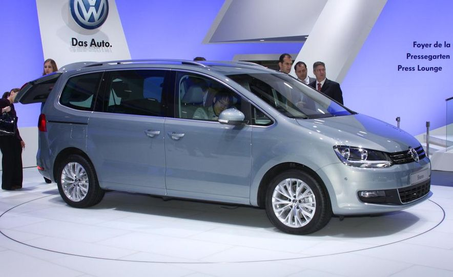 2010 Volkswagen Sharan - Slide 1