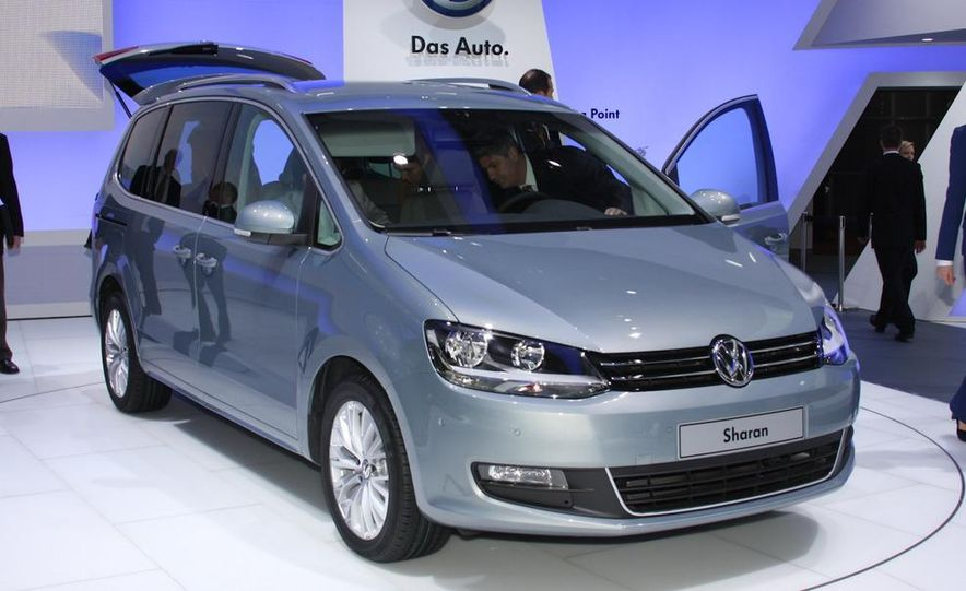 2010 Volkswagen Sharan - Slide 2