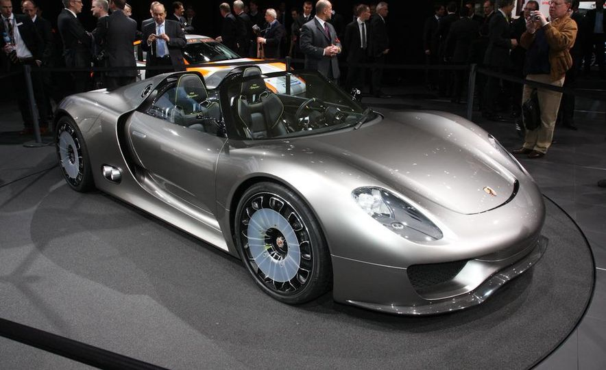 Porsche 918 Spyder Plug-In Hybrid concept - Slide 2