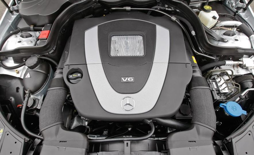 2011 Mercedes-Benz E350 Cabriolet - Slide 26
