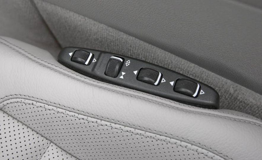 2011 Mercedes-Benz E350 Cabriolet - Slide 35