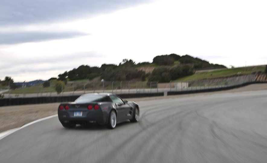 2010 Chevrolet Corvette ZR1 and 2010 Porsche 911 Turbo coupe - Slide 42
