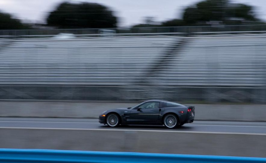2010 Chevrolet Corvette ZR1 and 2010 Porsche 911 Turbo coupe - Slide 45