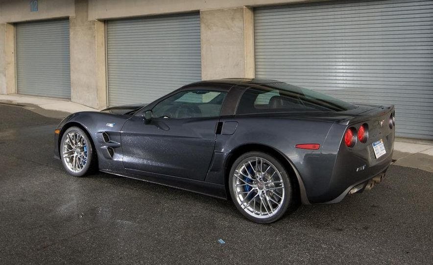 2010 Chevrolet Corvette ZR1 and 2010 Porsche 911 Turbo coupe - Slide 50