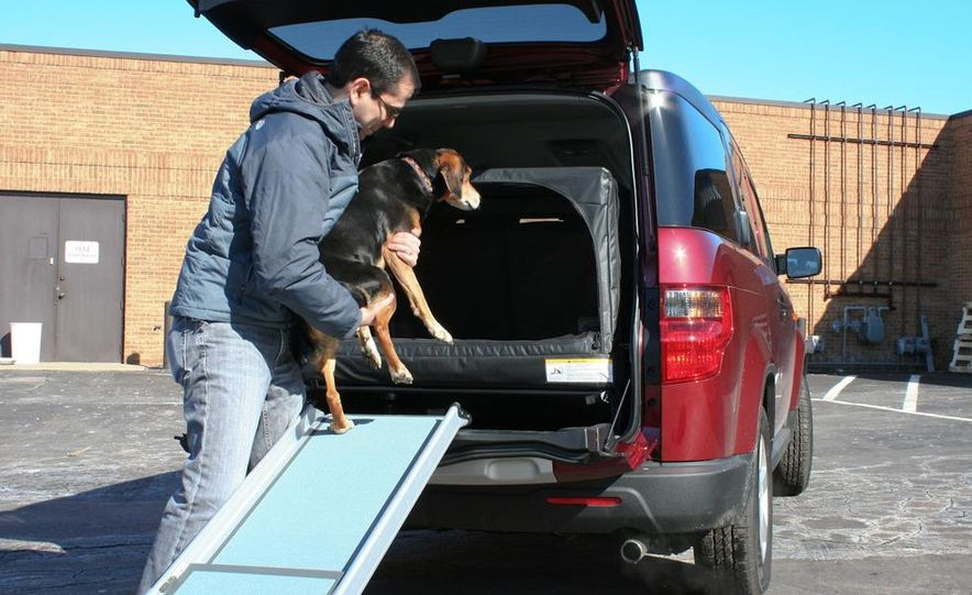 2010 Honda Element EX AWD with Dog Friendly Package - Slide 26