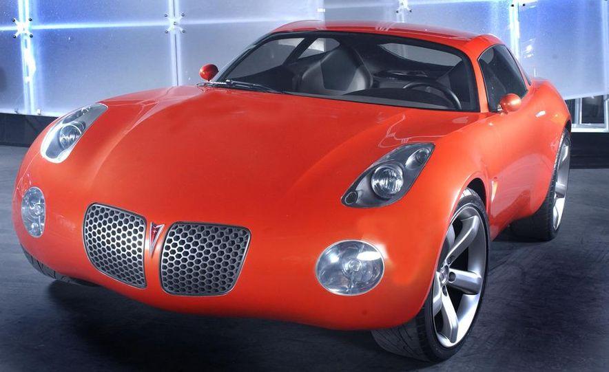 2002 Pontiac Solstice Coupe concept - Slide 1