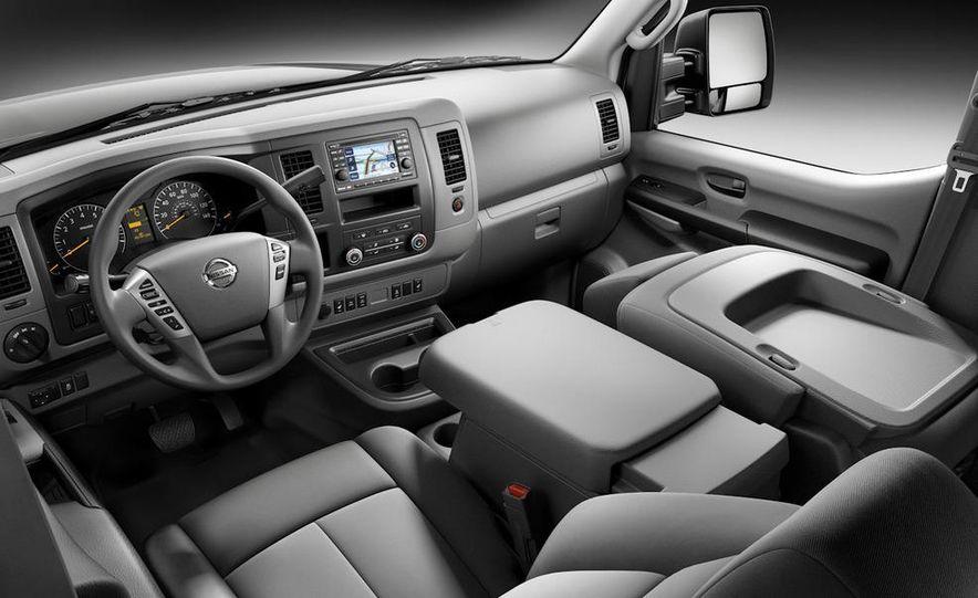 2011 Nissan NV2500/3500 HD - Slide 10