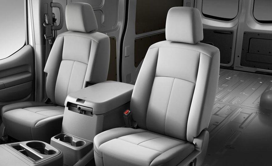 2011 Nissan NV2500/3500 HD - Slide 11