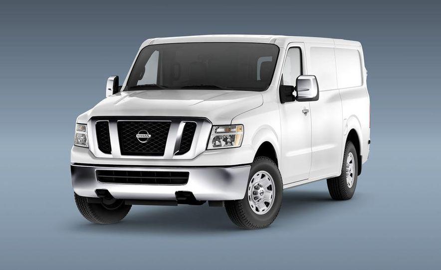 2011 Nissan NV2500/3500 HD - Slide 2