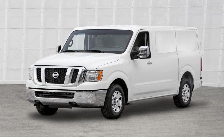 2011 Nissan NV2500/3500 HD - Slide 7