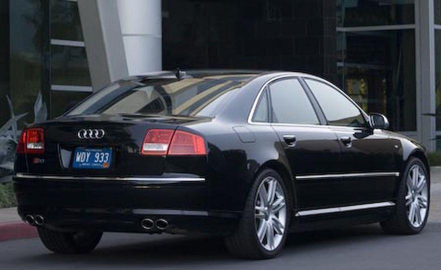 2012 Audi S8 (spy photo) - Slide 48