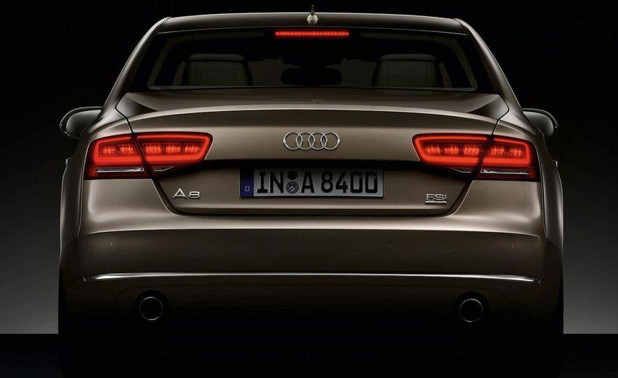 2012 Audi S8 (spy photo) - Slide 13