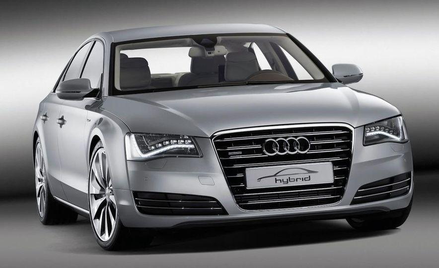 2012 Audi S8 (spy photo) - Slide 39