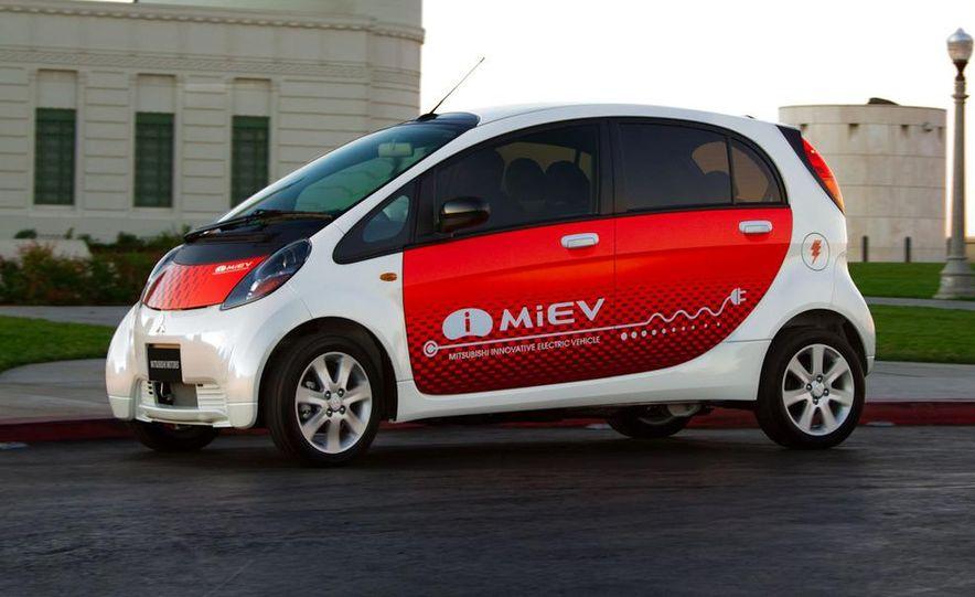 Mitsubishi i-MiEV - Slide 2