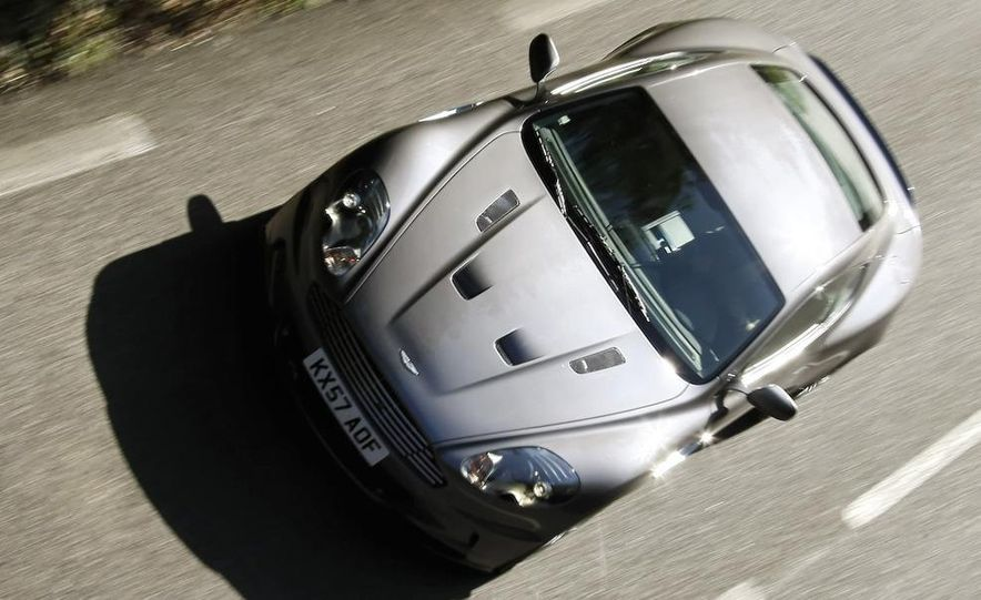2010 Aston Martin DBS Carbon Black Special Edition - Slide 18