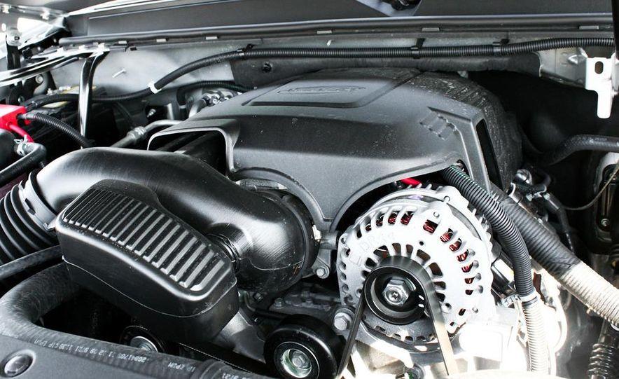 2010 Cadillac Escalade ESV Platinum AWD - Slide 86