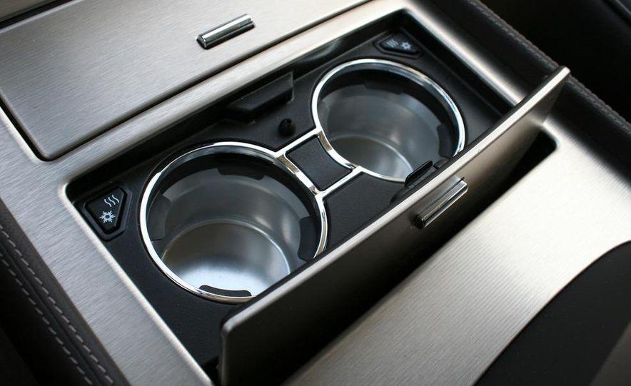 2010 Cadillac Escalade ESV Platinum AWD - Slide 56