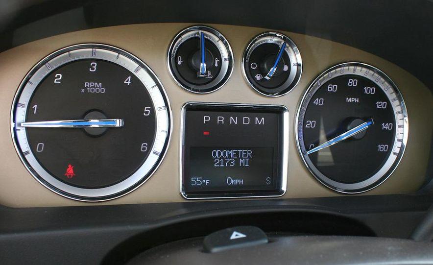 2010 Cadillac Escalade ESV Platinum AWD - Slide 79