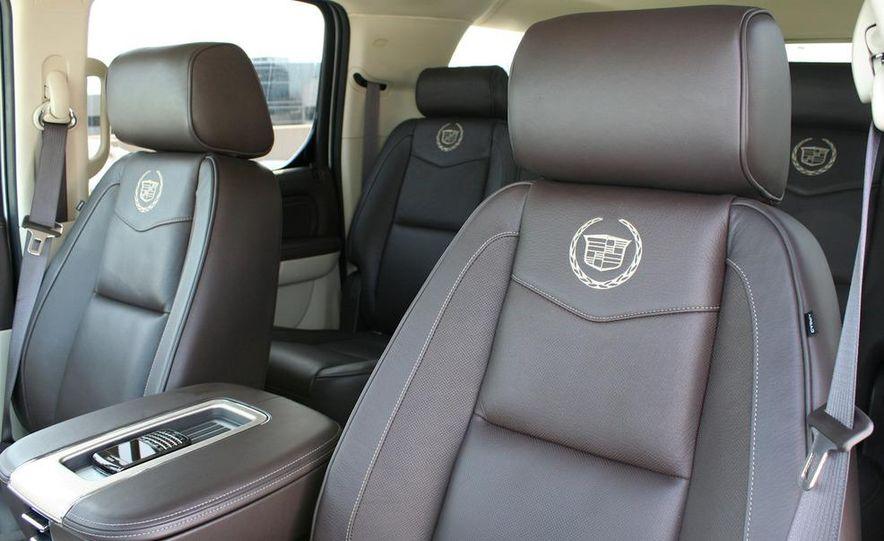 2010 Cadillac Escalade ESV Platinum AWD - Slide 62