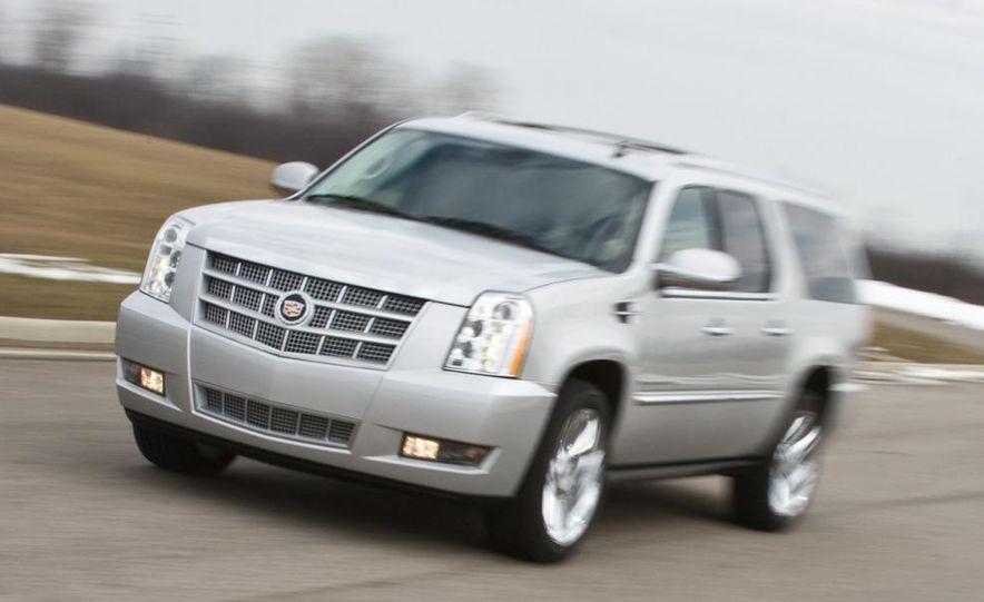 2010 Cadillac Escalade ESV Platinum AWD - Slide 10
