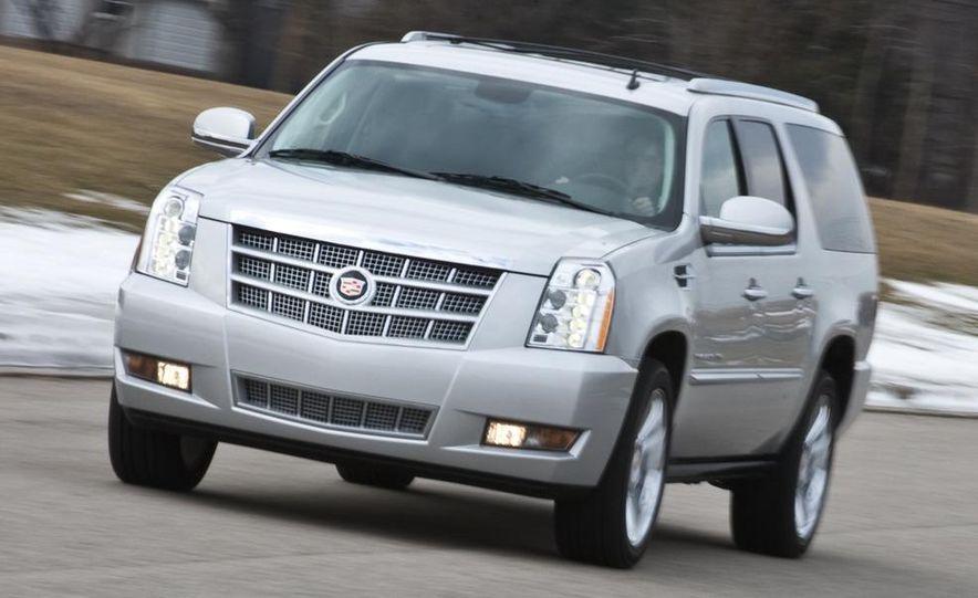 2010 Cadillac Escalade ESV Platinum AWD - Slide 11