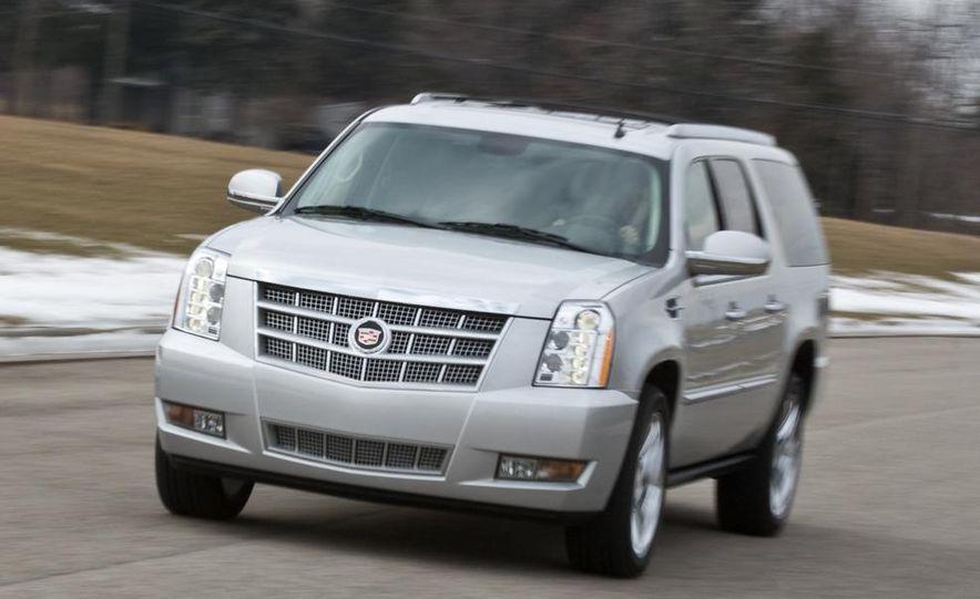2010 Cadillac Escalade ESV Platinum AWD - Slide 14