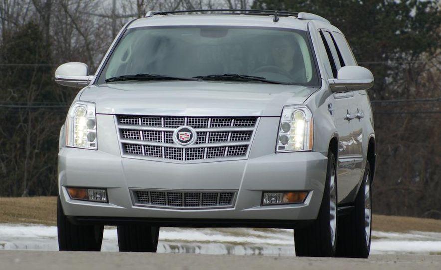 2010 Cadillac Escalade ESV Platinum AWD - Slide 22