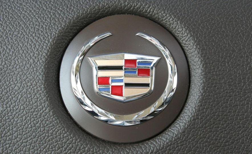 2010 Cadillac Escalade ESV Platinum AWD - Slide 68