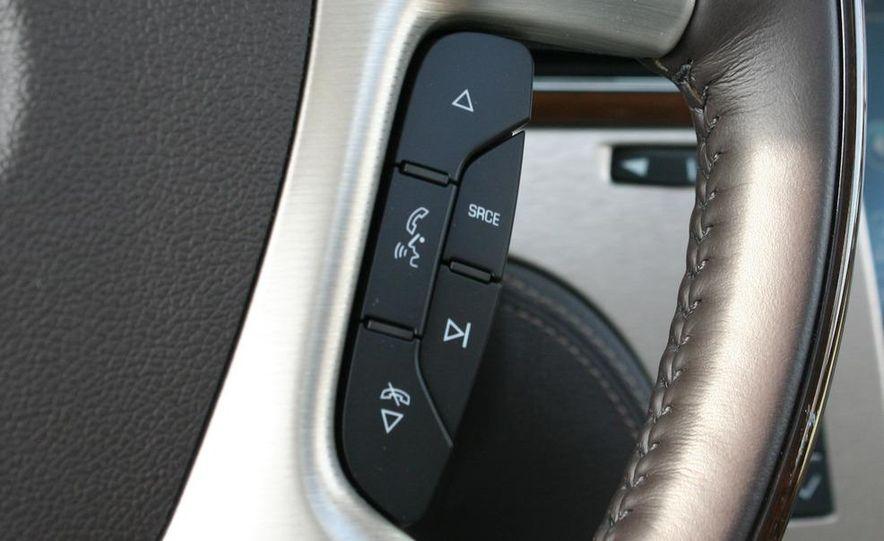 2010 Cadillac Escalade ESV Platinum AWD - Slide 77