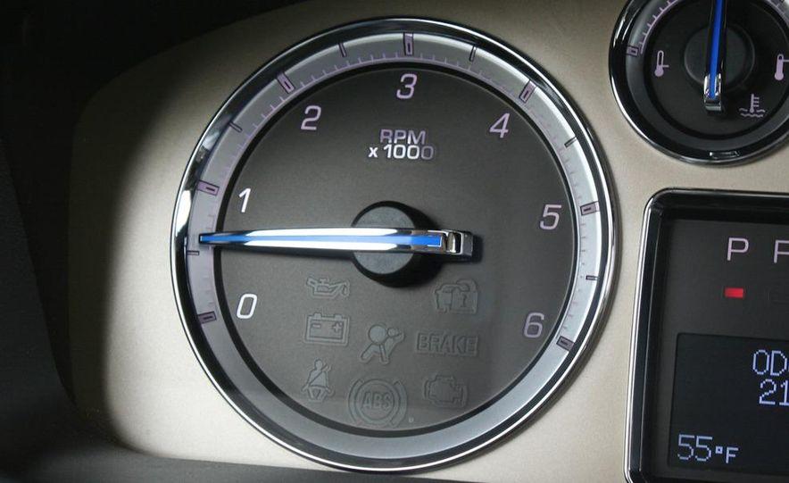 2010 Cadillac Escalade ESV Platinum AWD - Slide 64
