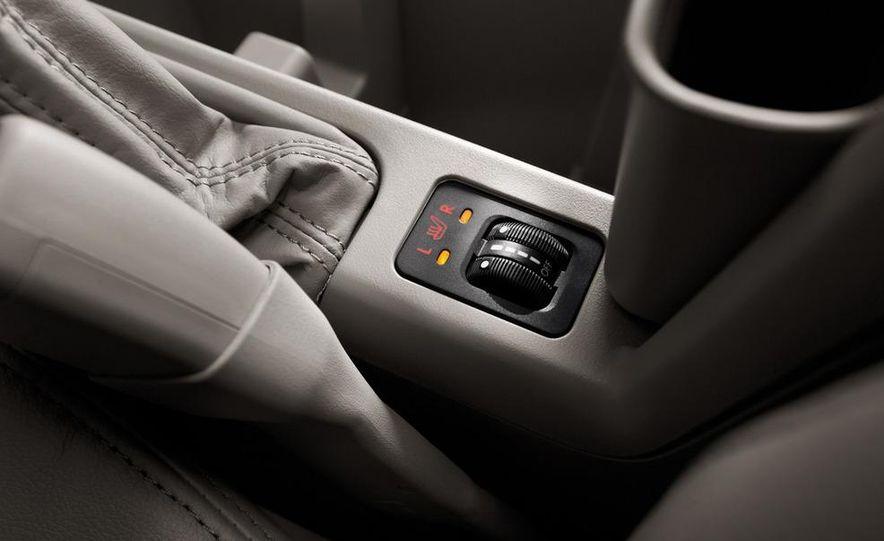2010 Subaru Forester 2.5XT Premium - Slide 17