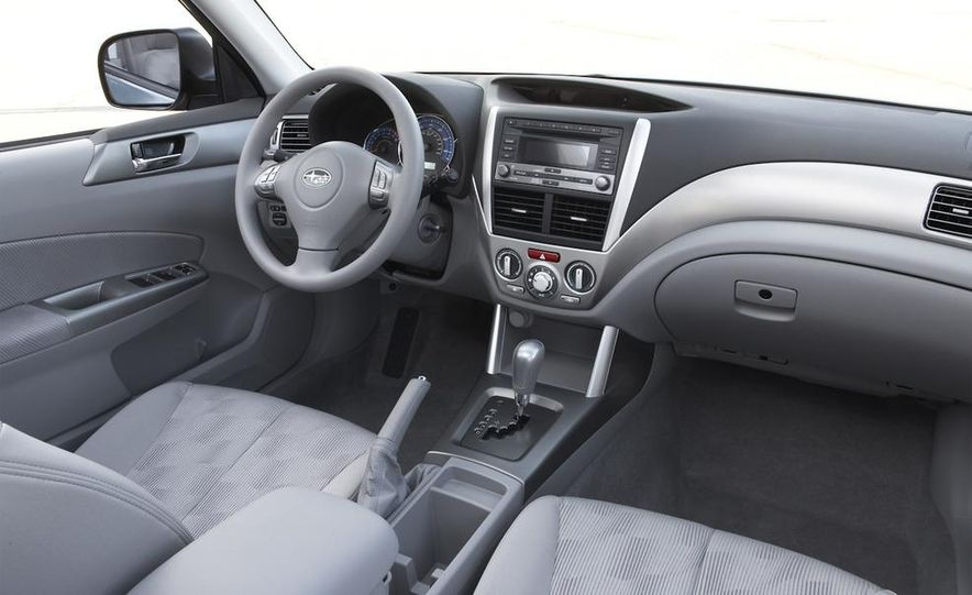 2010 Subaru Forester 2.5XT Premium - Slide 25